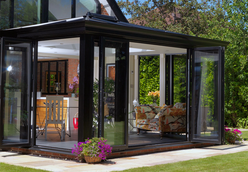 https://www.aratedhomeimprovements.co.uk/wp-content/uploads/double-glazing-newport-style.jpg